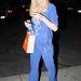 Emlékszik még arra, amikor a plüsstréning divat volt? Mi nem, de Paris Hilton szerint még most is menő ilyesmiben flangálni.