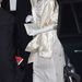 Igen, ez ugyanaz a cipő, 2004. december 7-én. Anna hercegnő megint egy  Festival Of Trees gálavacsorára igyekszik.