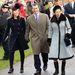 Remek állapotban maradt a nem túl dekoratív kabát, 2012-ben, 29 évvel debütálása után is megfelel Annának, aki ismét ebben vonul karácsonyi misére Sandringhamben.
