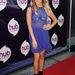 Ashley Tisdale is a Television Critics Association 2013-as nyári sajtókörútján lőtt mellé kék ruhájával a kaliforniai Universal Studios-ban.