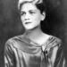 Lee Miller, az első női fotós az avantgárd fotós, Man Ray múzsája volt a 1920-as évek végén.
