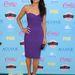 Michelle Rodrigueznek még a lila furcsa árnyalata is jól áll. (David Meister ruha és Giuseppe Zanotti szandál.)