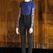 Sapkában pózoló modell a párizsi Haute Couture héten a Didit shown 2013-ban.