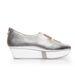 Futurisztikus cipő Káldy Júliától