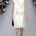 És 2013 őszén nem lesz ciki fehér ruhát viselni sem. (Chloe)