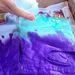 Ha az első szín felkerült, jöhet a második. Töltse ki az eddig érintetlen részeket.