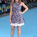 Jennifer Aniston a Családi Üzelmek londoni premierjén Diorban.