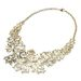 Egy giccses aranyszínű nyaklánc 2990 forint a New Yorkernél.