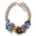 A Zara is színes virágokkal készül, náluk egy ilyen giccses lánc 9995 forint.