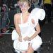 Feltehetnénk a kérdést, menő vagy ciki buborékfújó ruhában közlekedni?