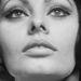 Sophia Loren szemfestéke közelebbről.
