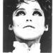 Andy Warhol múzsája a véletlen túladagolásba meghalt Edie Sedgwick divatos őzike szemekkel.