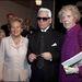 Karl Lagerfeld és vendégei, Bernadette Chirac és Claude Pompidou a 2001-es párizsi divathéten.