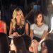 Heidi Klum és celeb barátnői az első sorban