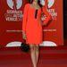 Freida Pinto is a Women's Tales vetítésére igyekszik, piros Miu Miu ruhában