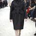 A Céline egyik kabátja több mint 800 ezerbe kerül.