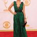 Sarah Hyland zöld Carolina Herrera ruhában 2013-ban