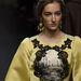 Jón oszlopsorokat nyomott ruháira a Dolce & Gabbana.