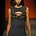 Bár a Prada régebben nem támogatta a kezdeményezést, idén mégis tett kifutójára fekete bőrű modellt.