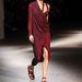 Kíváncsiak vagyunk, melyik celebnő stylistja csap el elsőként az új Givenchy estélyire.