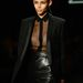 A tuxedo zakók örök klasszikusnak számítanak a ruhatárban.