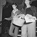 1982: Kate Barry és Jane Birkin egy premier utáni buliba igyekeznek. Akosár fazonja megváltozott