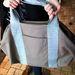 Ez a táska több változatban is kapható, az ára 17 ezer forint.