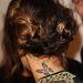 Vanessa Hudgens mondjuk a vörösszőnyegen viselte ezt a frizurát még augusztus közepén.