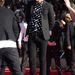 Van férfiverzió is, Harry Styles, a One Direction kedvelt énekese is szívekben pózol.