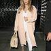 Kim Kardashianen kívül jó eséllyel senkin nem volt kabát Los Angelesben szeptember 21-én...