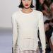Visszatérnek a pulóverek, amit rövidnadrággal és szoknyával is trendi lesz viselni.