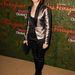 Jodie Foster sem a márka ruhájt vette magára, vajon miért? Ön szerint menőség kilógni a sorból?