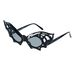 Ez a denevér-szemüveg elég vagány, 5 ezer forintért árulják szintén az ASOS-nál.