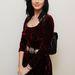 Katy Perry tetőtől-talpig a kilencvenes éveket idézi.
