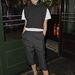 Victoria Beckham is a monokróm színek híve