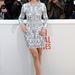 Lea Seydoux kissé unottan viselte a ruhát és a hozzá választott metálos magassarkú cipőt.