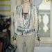 2008-09 ősz-tél, Ready-to-Wear kollekció. Az ejtett nyakú blúzok épp most jönnek divatba az utca emberén is...