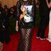 A francia Vogue ex-főszerkesztője (sajnos) a 2013-ig kizárólag rögzítésre használt gumipókot is a derekára kötötte.