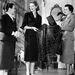 Micol Fontana és  Giovanna Fontana a kor egyik ünnepelt sztárjával, Lauren Bacall-al találkozott 1945-ben.