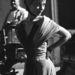 Audrey Hepburn a nővérek ' Cameo Rose' fantázianévre keresztelt koktélruhájában.
