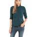 A Bershkában 2995 forint egy csinos blúz, ha tudja a kolléganő méretét, vásároljon neki inget!