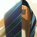 A nyakkendők 8 995 Ft-ba kerülnek, ez tökéletes karácsonyi színkombináció.