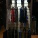 A falon lévő nyakkendők 1 990 Ft-tól kezdődnek.