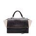 Ha nem akar sokat költeni, itt egy csodaszép Zara bőrtáska 47995 forintért.