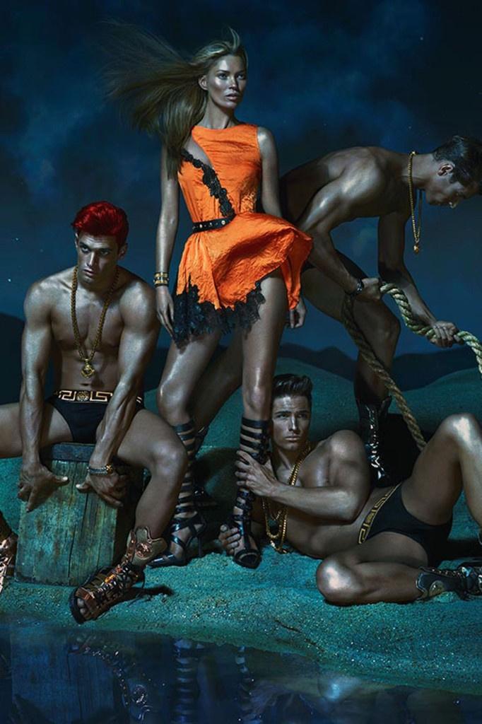 Kate Moss-ból Naomi Campbell lett a Versace-nak köszönhetően.