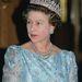 Ő pedig II. Erzsébet két évvel később.