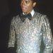 Michael Jackson inkább a flitterekre szavazott.