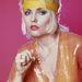 Debbie Harry, a Blondie énekesnője is nagy rajongó.