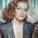 Ahogyan Jane Russell sem. Sajnos ez a fotó elég rossz helyen van megvágva, így nem tudjuk, mennyit mutatott magából a színésznő.