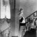 Olga Baklanova színésznő az 1920-as évek végén viselte ezt az impozáns aranyszínű szettet.